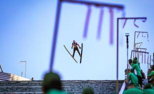 Cupa Continentală de sărituri cu schiurile începe la Râșnov